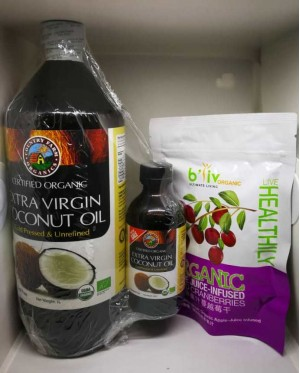 Extra Virgin Coconut Oil 1L w Extra 1X100ML bottle +Free 1 Pkt Dried Cranberries
